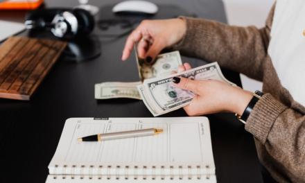 Skal du foretage et minilån og undgå minus?