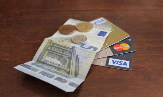 Man kan blive meget i tvivl om, hvad man skal gøre, når man tager sit første lån.